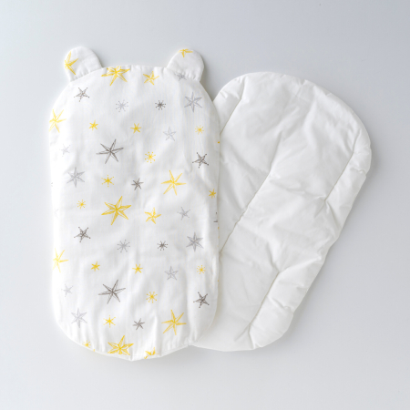 丸洗いできる!生まれてすぐから使う赤ちゃんの安心抱っこふとん(本体+カバー1枚) スター