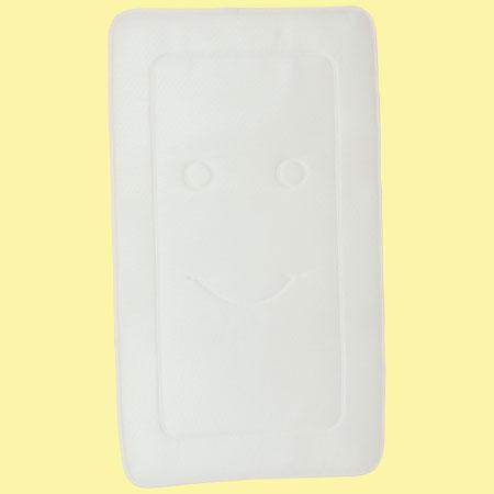 丸洗いできる!布団の湿気を逃す敷きマット ホワイト/ ベビーサイズ たまひよSHOP