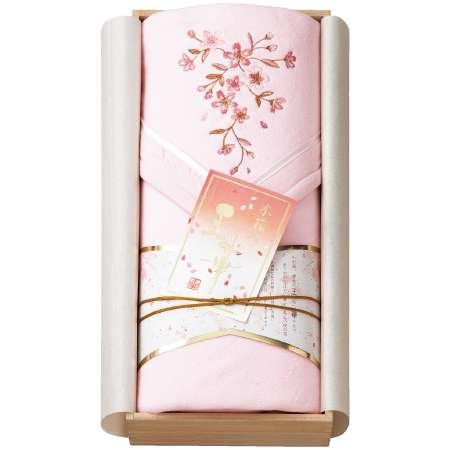 【送料無料】王華 木箱入りさくら刺繍 シルク混綿毛布(毛羽部分) ピンク たまひよSHOP・たまひよの内祝い