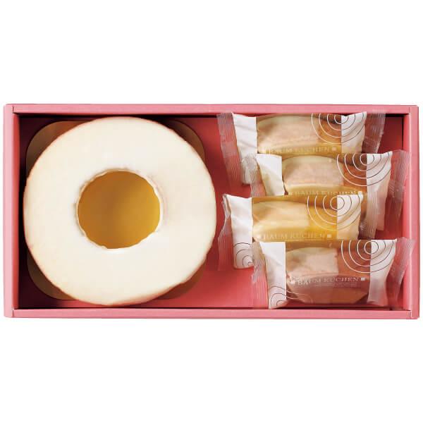 【送料無料】フクフル ホワイトチョコ掛けりんごバウムと小分けバウム4個(シェフ坂井宏行監修) 名入れカード無し たまひよSHOP・たまひよの内祝い