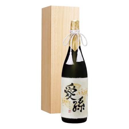 【送料無料】純米吟醸 愛孫一升 (桐箱入り) 単品 たまひよSHOP・たまひよの内祝い